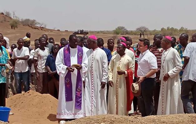 Veglia di preghiera per le vittime in Burkina Faso